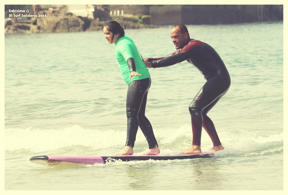 III Jornadas de Surf Solidario en Gijón con la Escuela de Surf Lucas García